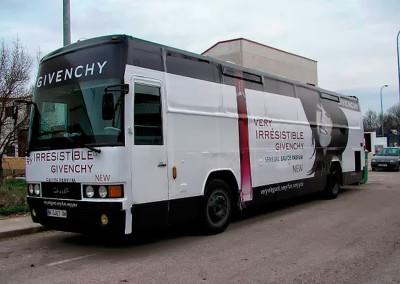 Integral Givenchy
